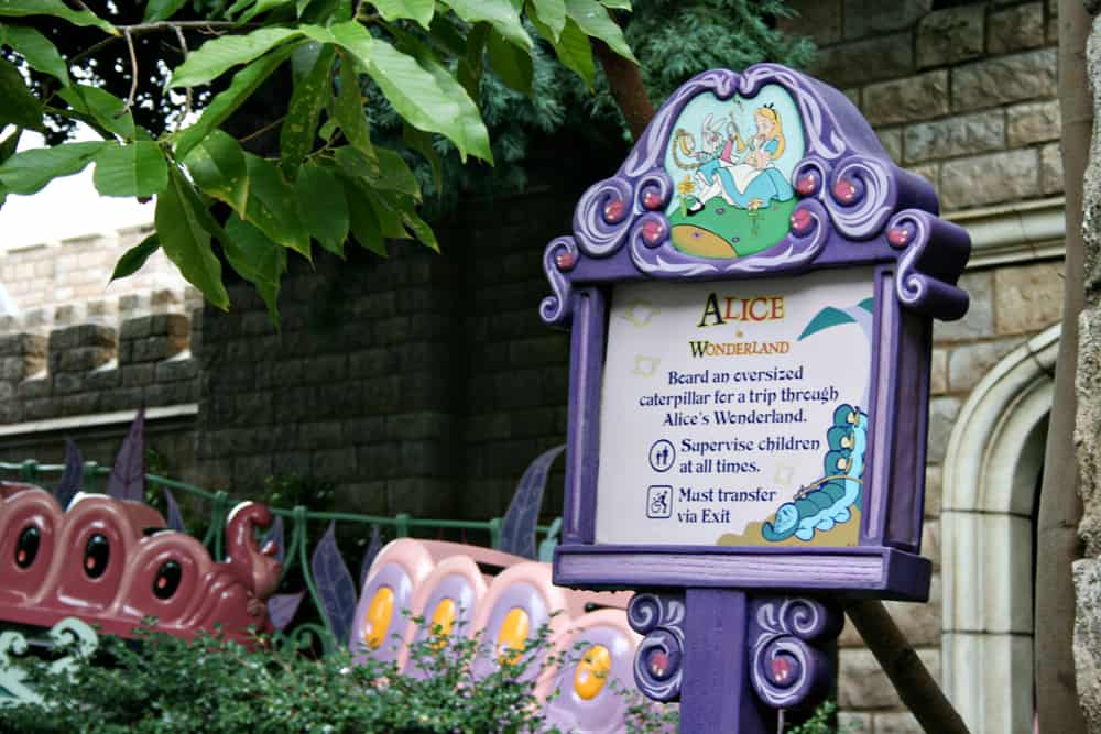 Alice in Wonderland Disneyland sign