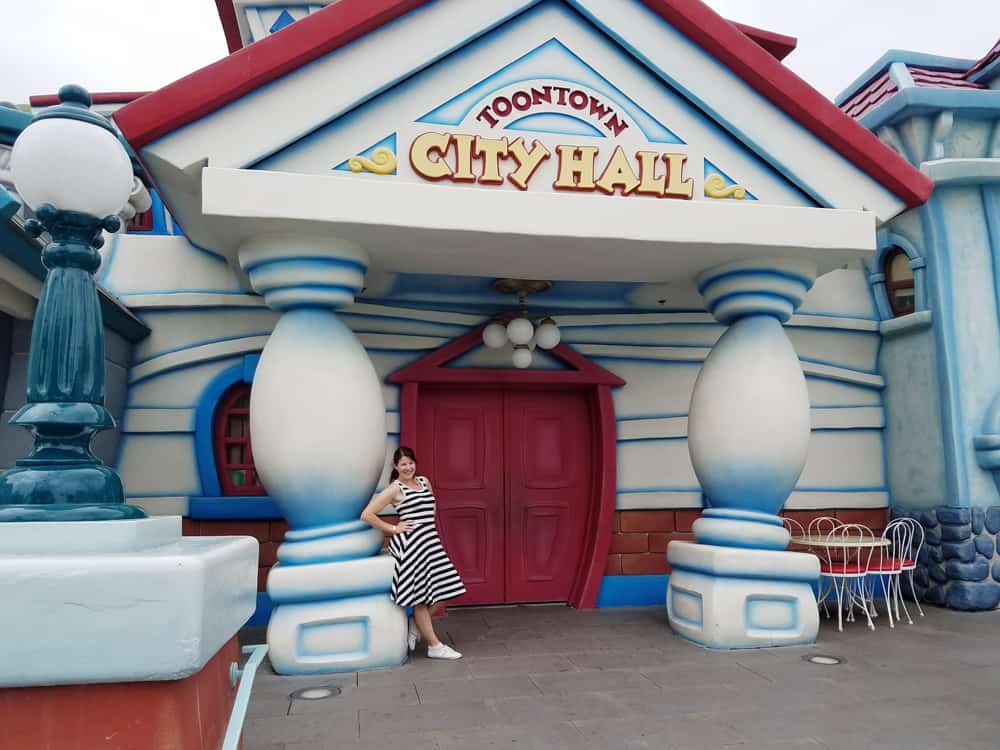 Disneyland Toontown City Hall