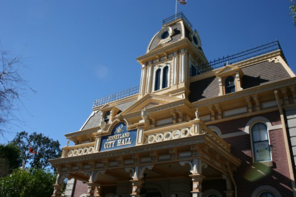 Disneyland's Disability Access Service (DAS) - Tips on Making It Work for You