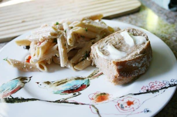 Healthy Eating ideas - Summer Pasta Salad recipe {www.savingupfordisney}