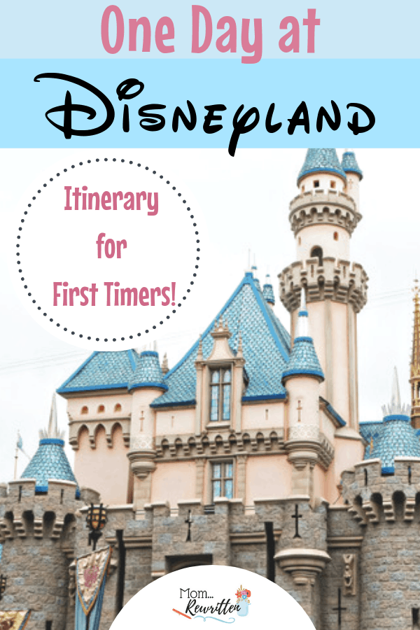 What are the must-do Disneyland attractions for first time visitors? See my one-day itinerary of must-do Disney in California! These Disney tips will give first time visitors an idea what to try on their first Disneyland vacation. #Disneyland #Disney | Travel with Kids | Family Travel | Disney Itinerary