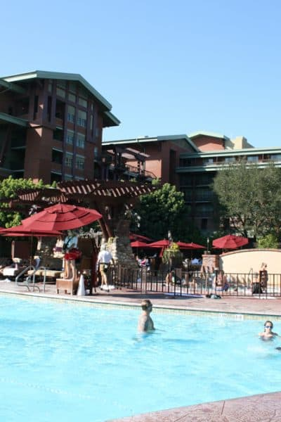 Disneyland Resort Hotel Swimming Pools – What to Expect of Your Fun in the Sun!
