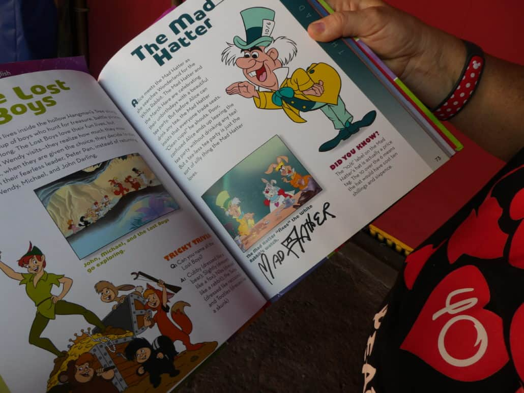 Free things to do inside the Disney Parks - Collect Character Autographs in a book you bring from home!