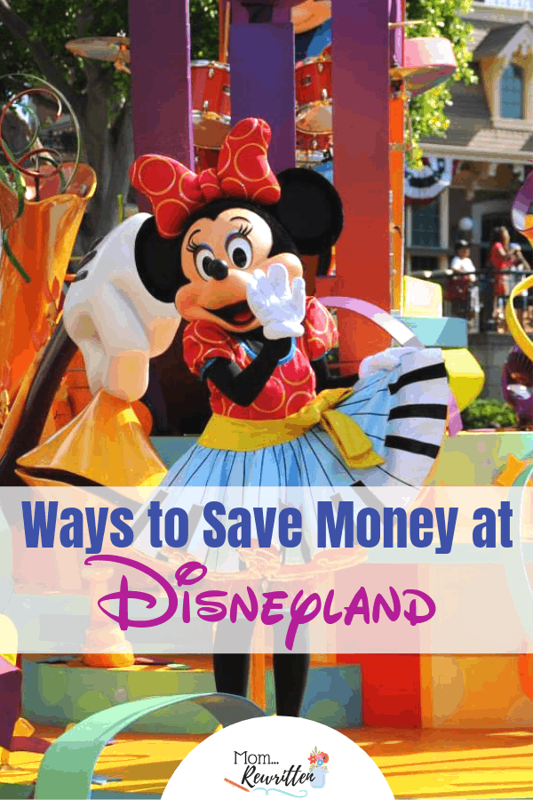 Everyone wants to know how to save money at Disneyland! Find out all the tips about discounted tickets, what to bring, budgeting tips & the free things in the Disneyland parks. #Disney #Disneyland | Family Travel | California | Travel with Kids | California Adventure | Budget Travel | Free at Disney | Disney Tips
