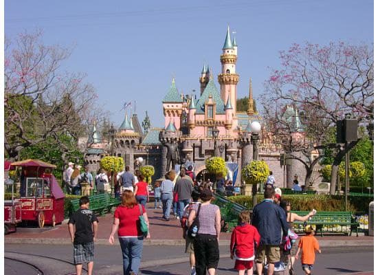 Insider Tips -Make the Most of Your First Two Hours at Disneyland