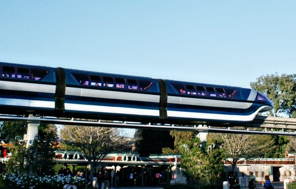 Important Advice to Know About Transportation at Disneyland Resort