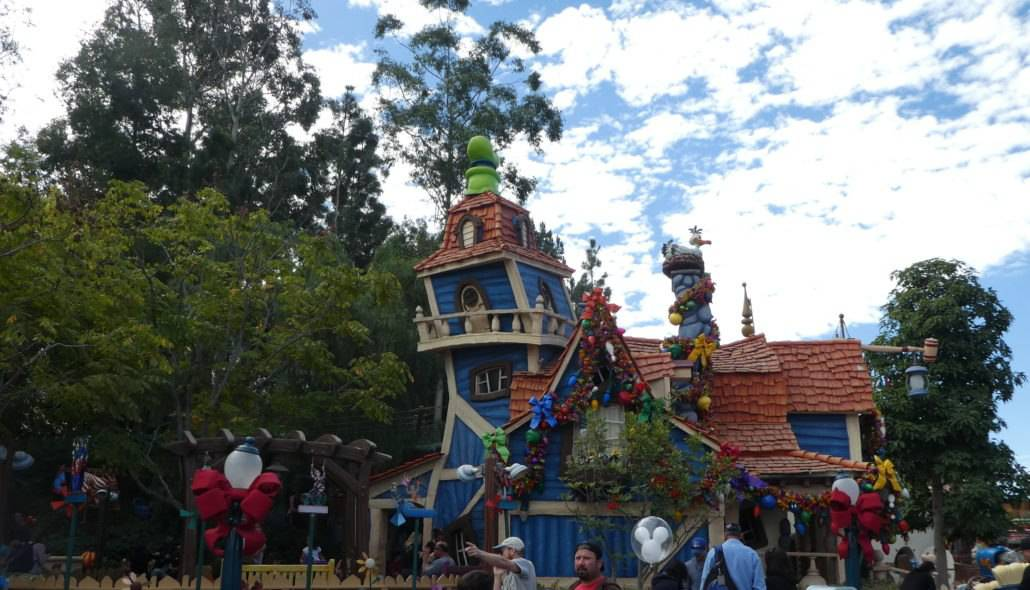 Mickey's Toontown in Disneyland for Preschoolers - A Guide on What to Do, See & Eat!