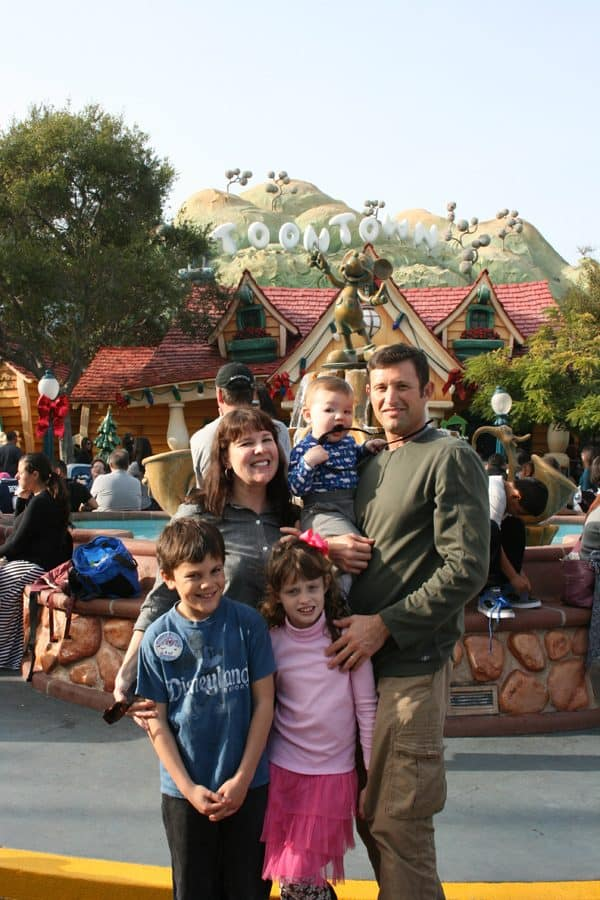 Mickey's Toontown for Preschoolers - A Guide on What to Do, See & Eat!