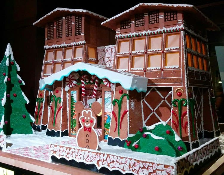 Gingerbread House at the Grand Californian 2016