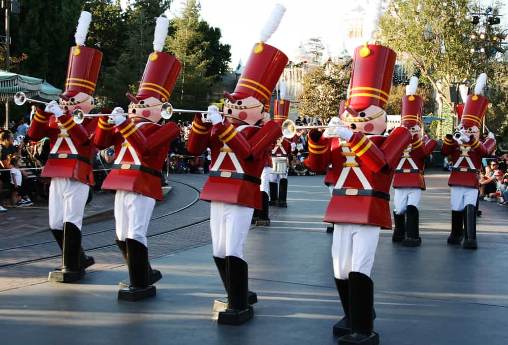 Marching toy soldiers playing trumpets in the Disneyland Christmas Fantasy parade