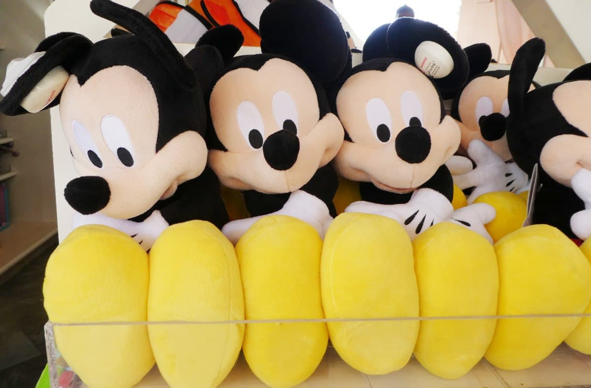 Best Disney Souvenirs To Buy BEFORE Your Disney Vacation