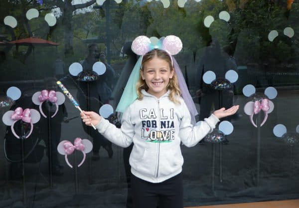 Disneyland Splurges for Kids (and Money-Saving Splurges You MUST make!)