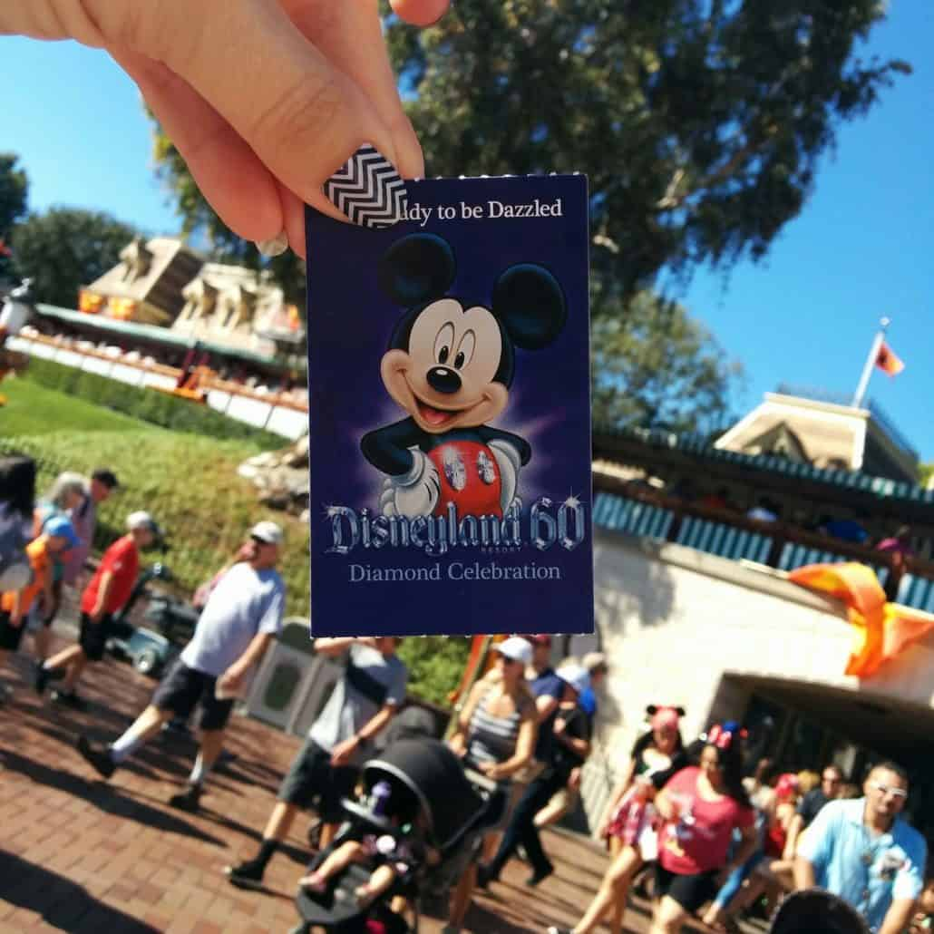 Tons of tips on discounted tickets, what to bring & free things in Disneyland and Walt Disney World parks.