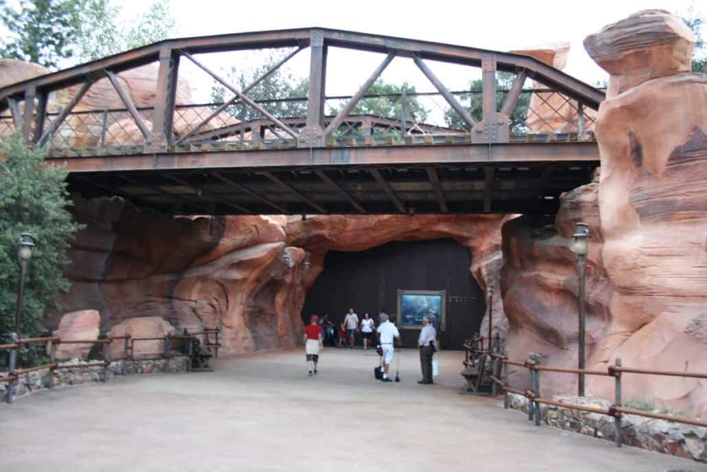 Disneyland Star Wars Galaxy's Edge entrance from Frontierland