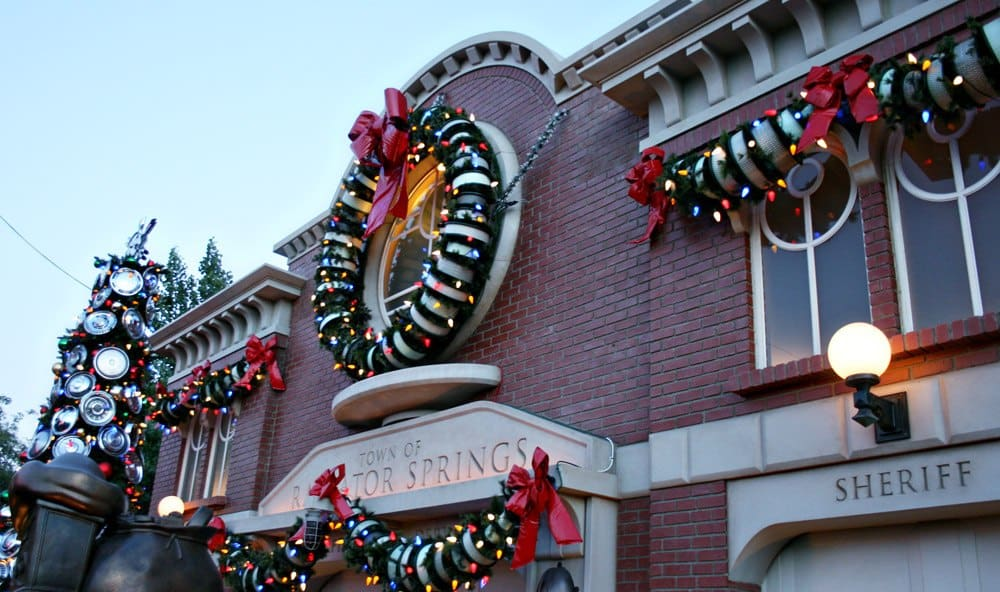 Ultimate Guide to Christmas at Disney California Adventure Park