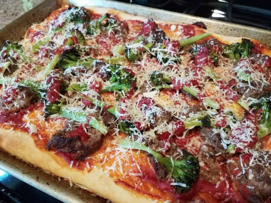 Meatball parm pizza with broccoli from Dinnerly