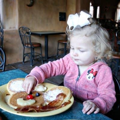 Restaurant Hacks for Kids That Make Eating Out Easier