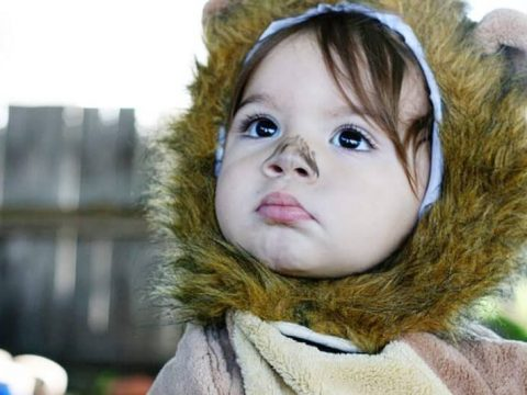 Choosing Halloween Costumes for Babies and Toddlers