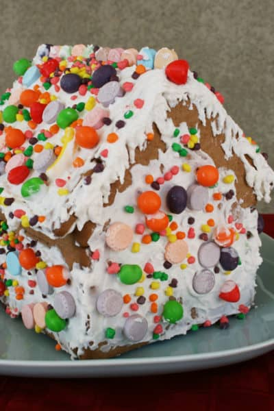 12 Simple Christmas Traditions to Do With Kids