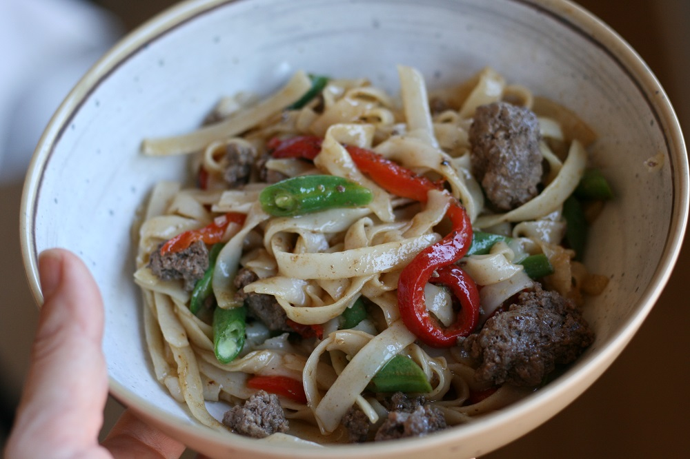 Dinnerly Beef and Asian Noodle Stir Fry