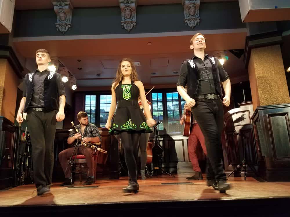 Raglan Road Irish dancing and Celtic music