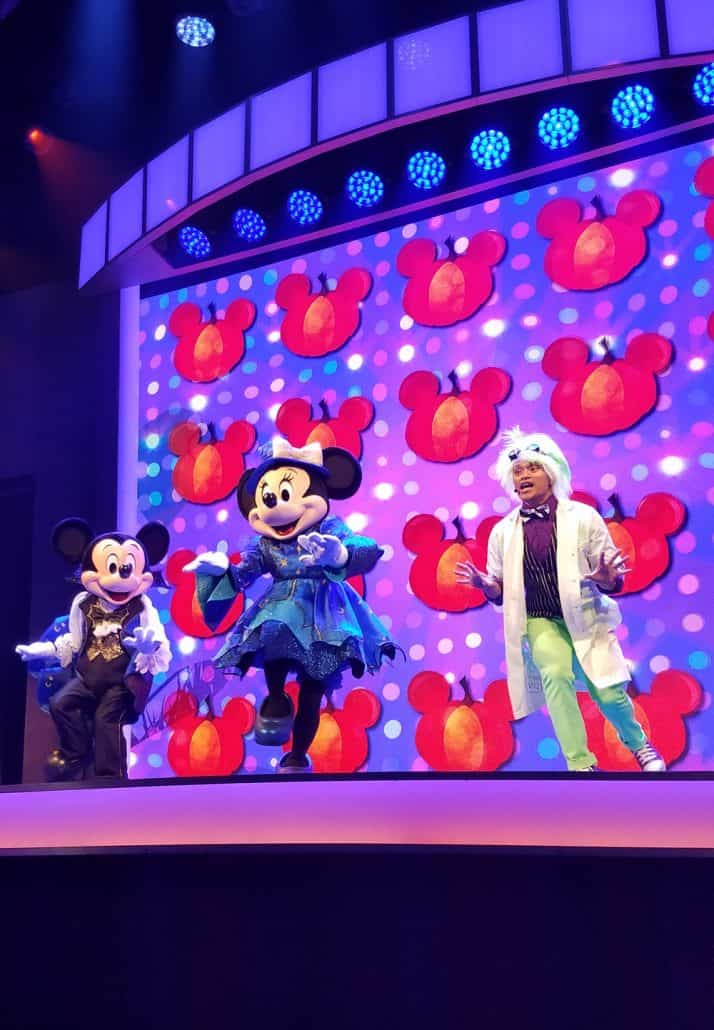 Mickey and Minnie at Oogie Boogie Bash Mickey's Trick and Treat show