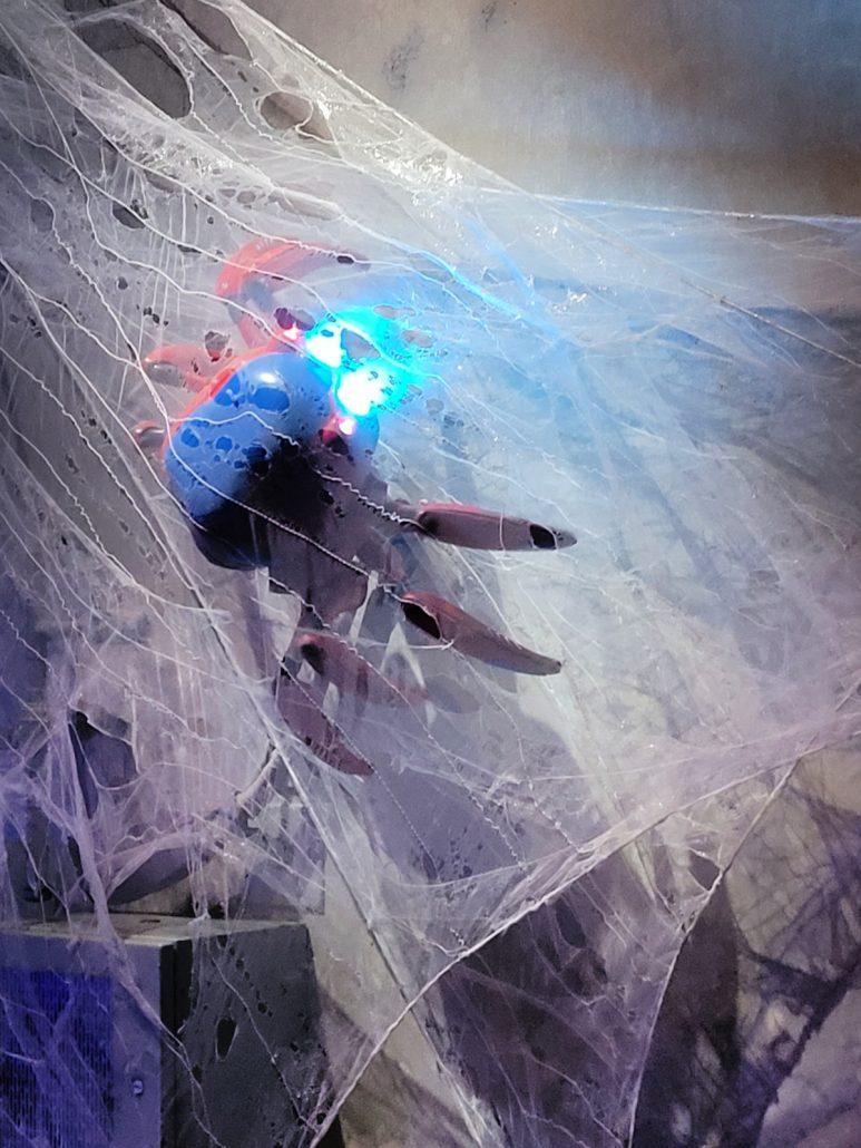 Spider-Bot in WEB SLINGERS ride