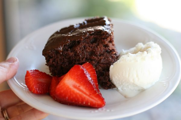 Depression Cake – A Dairy-Free Chocolate Cake Recipe