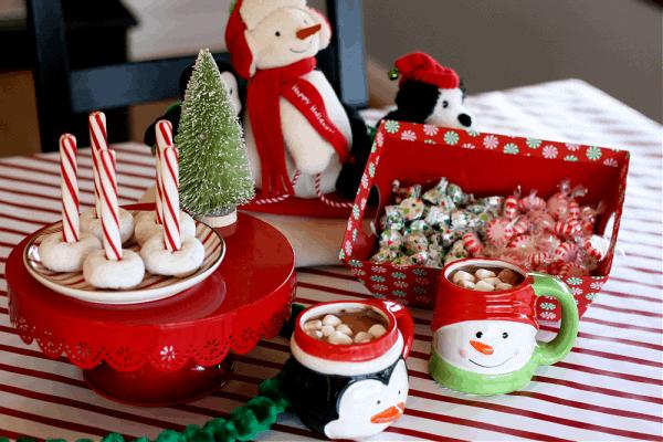 North Pole Breakfast – Elf on the Shelf Breakfast Ideas