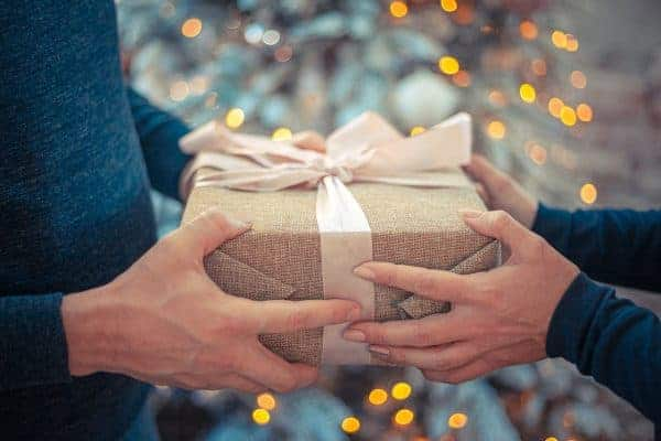 42+ Best Gifts for Women – Holiday Gift Guide 2020